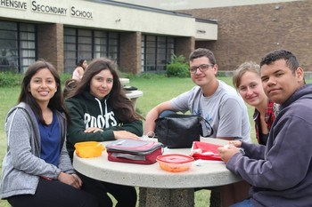 lunch outside at DRCSS